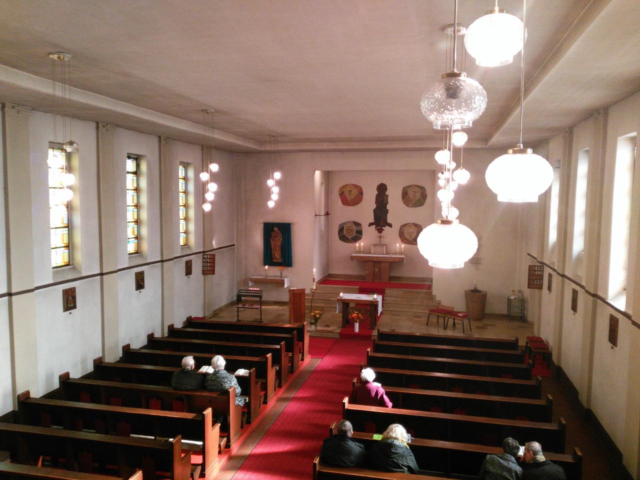 St. Anna Berlin Treptow, Blick von der Orgelempore