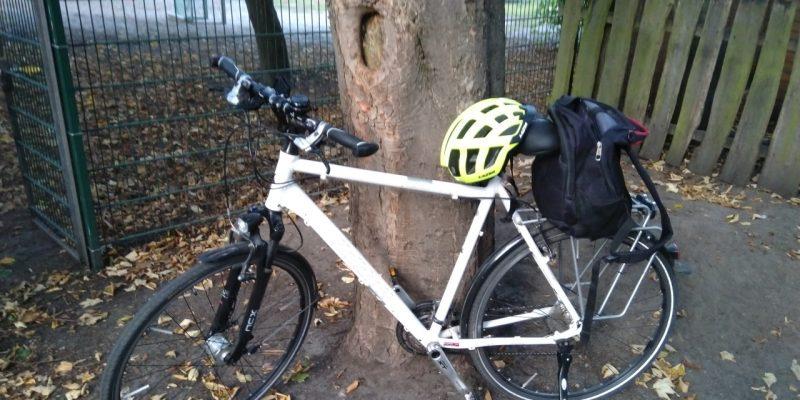 Parkendes Fahrrad